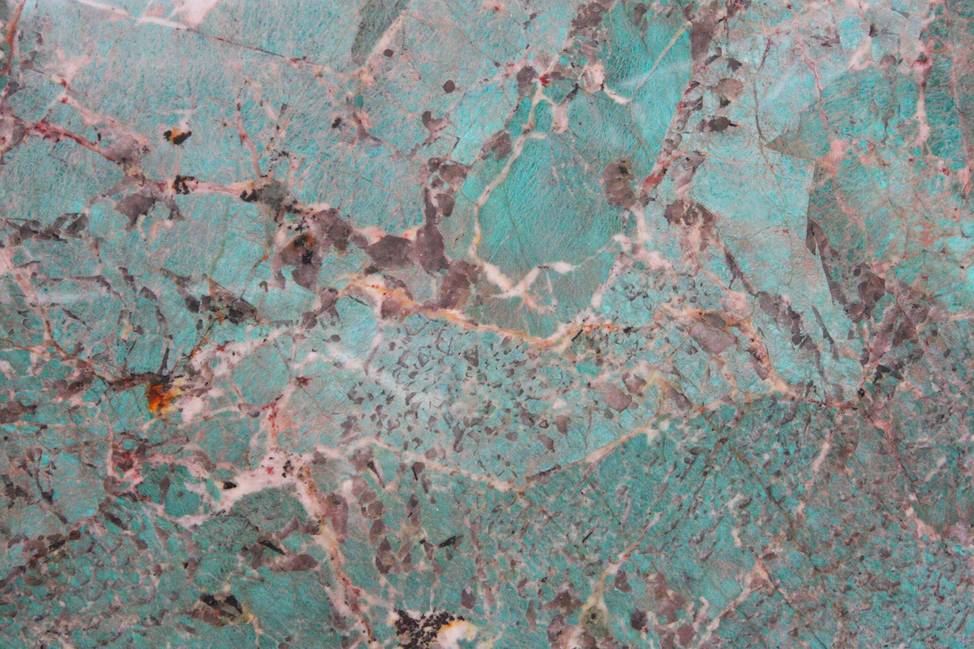 AMAZONITE-closeup