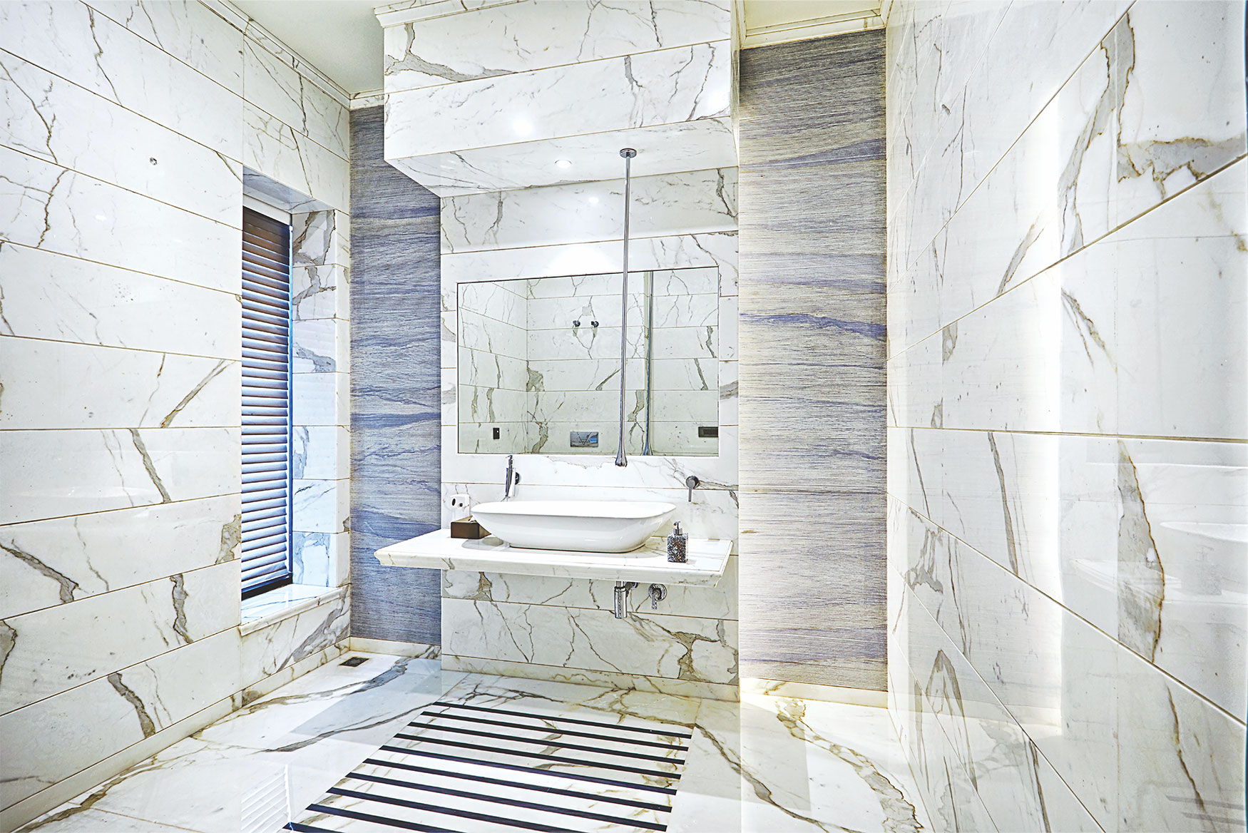 THE BEAUTY OF MARBLE IN INTERIOR